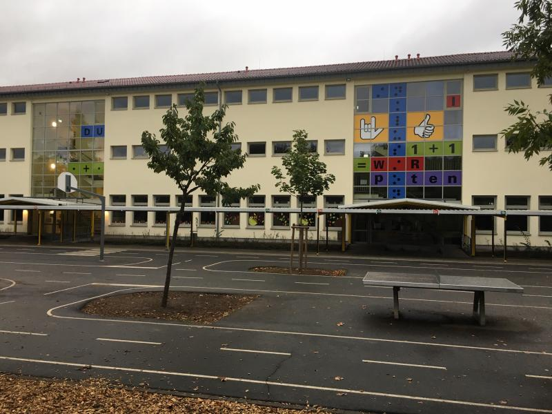 Schulgebäude Büdesheim